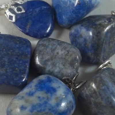 Lapis lazuli hangersteentje